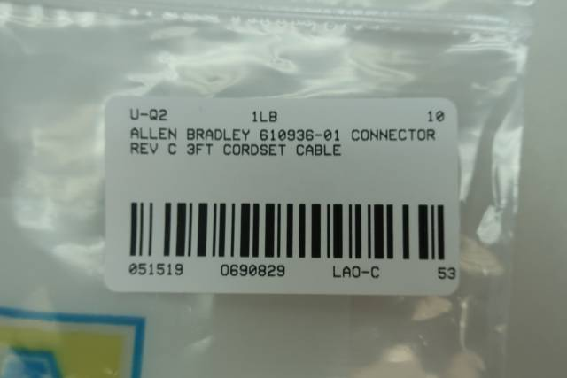ALLEN BRADLEY 610936-01 CONNECTOR CABLE 3FT