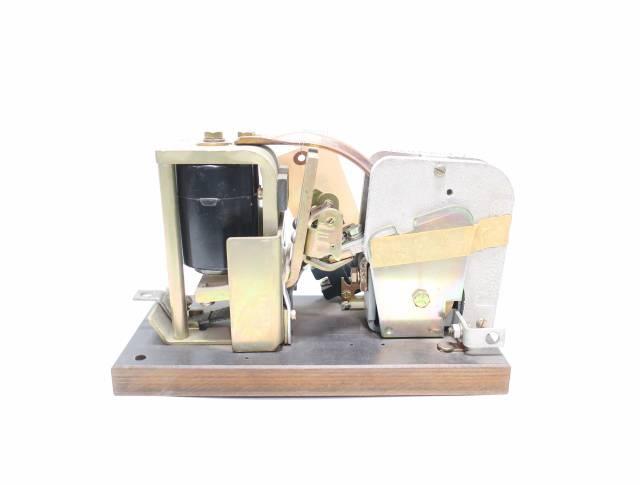 GENERAL ELECTRIC GE IC2800Y101A3B 115-120V-DC 600V-DC 150A AMP DC CONTACTOR