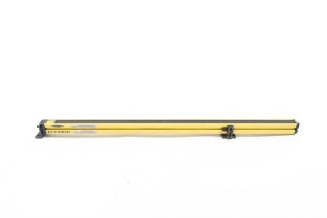 BANNER SLSR14-900Q8 LIGHT CURTAIN 35-1/2IN RECEIVER 24V-DC