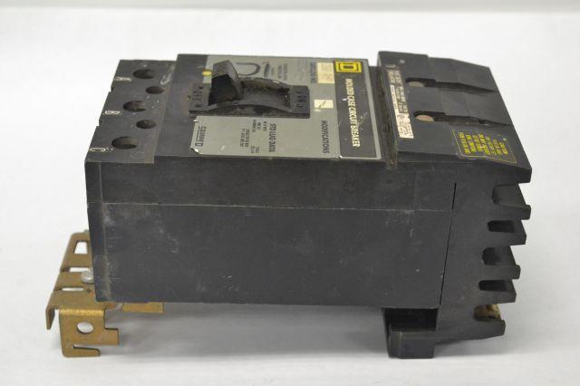 SQUARE D O232200 MOLDED CASE 3P 200A 240V-AC CIRCUIT BREAKER B227808