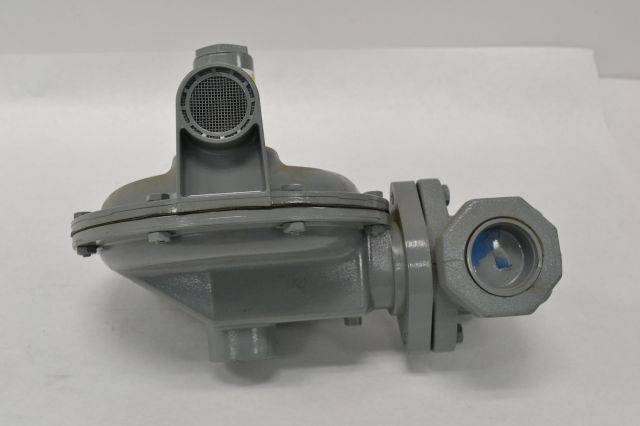 FISHER S301H S301 S302 2 5-5 5PSI 1-1/4 IN NPT 1/4IN GAS REGULATOR B236697