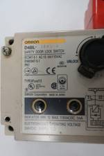 OMRON D4BL-3CRG-A SAFETY DOOR LOCK SWITCH 115V-AC