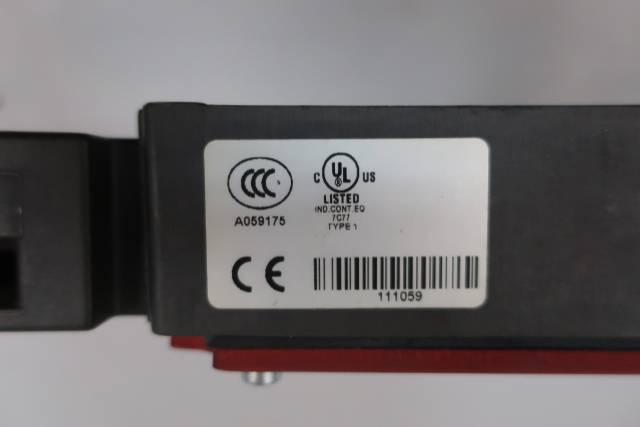 EUCHNER TZ1RE024BHAVFG SAFETY SWITCH 230V-AC 24V-DC