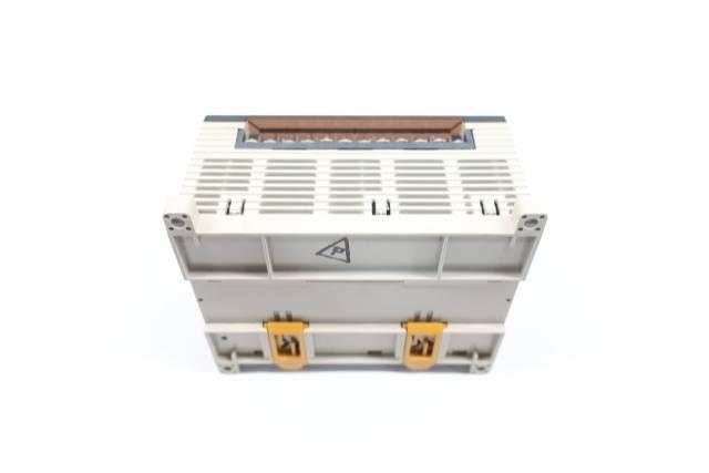 OMRON CPM1A-30CDR-A-V1 PROGRAMMABLE CONTROLLER