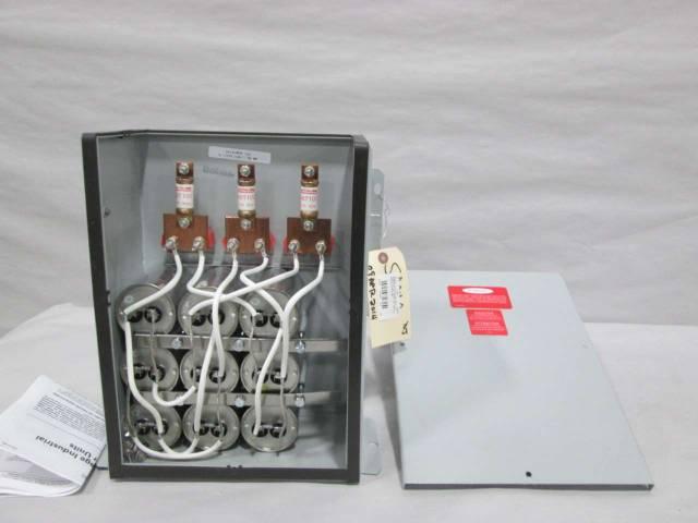 GE 65L817TC1 POWER FACTOR CORRECTION 30KVAR 480V-AC CAPACITOR D371968