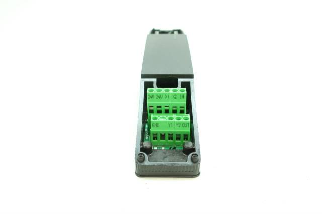SCHMERSAL AZM 200SK-T-SD2P SAFETY INTERLOCK SWITCH 24V-DC