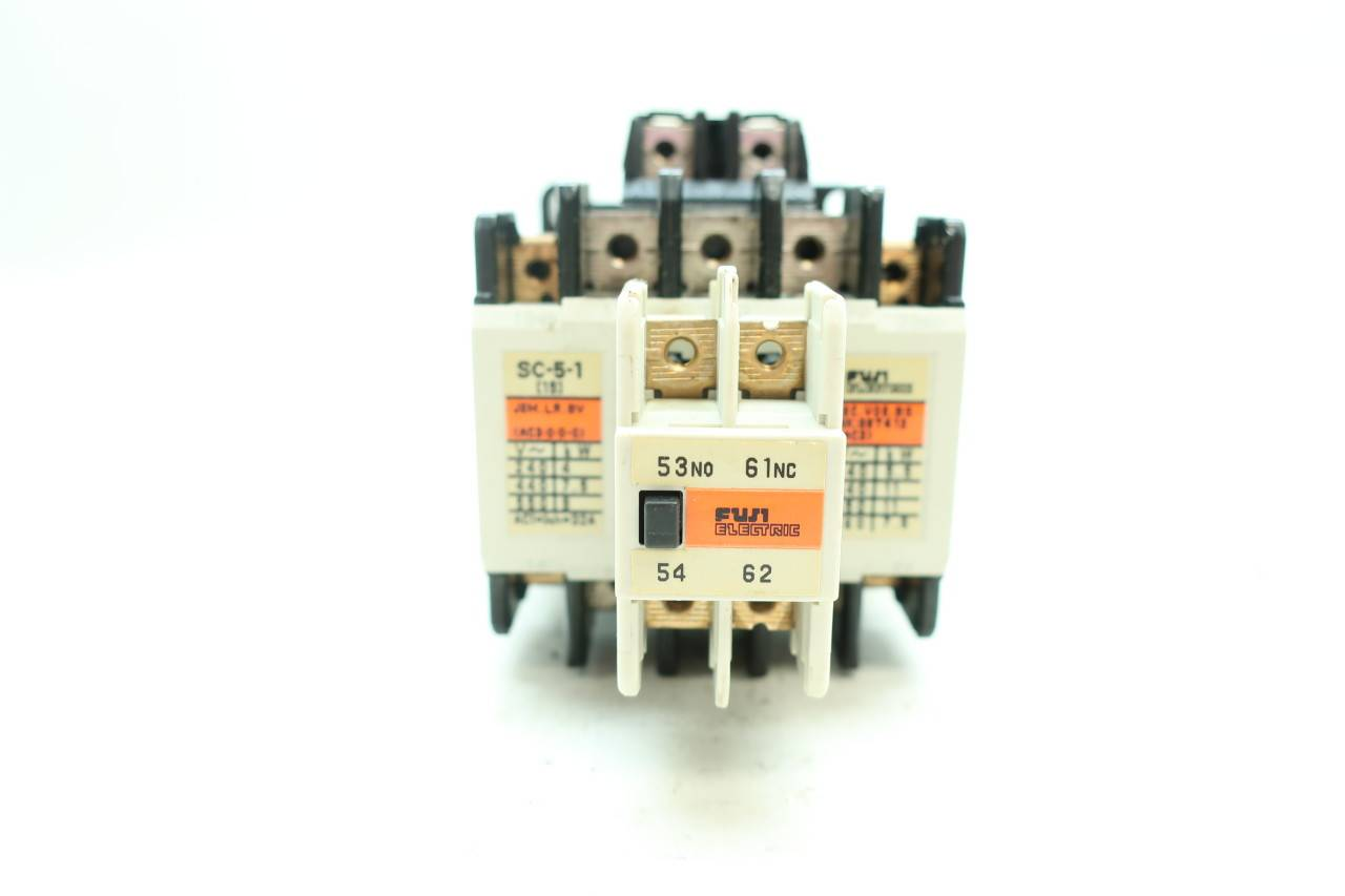ONE NEW Fuji Electric Contactor SC-05 220VAC
