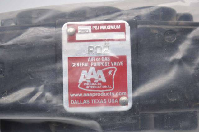 AAA PRODUCTS R02 AIR GAS TWO POSITION 1/4 IN NPT PNEUMATIC VALVE B456946