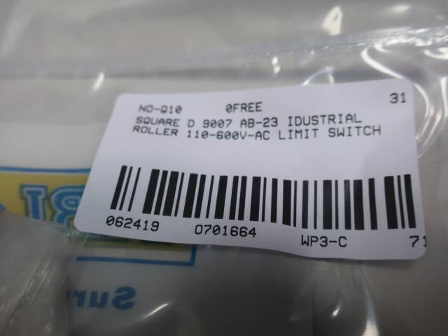 SQUARE D 9007 AB-23 INDUSTRIAL ROLLER LIMIT SWITCH