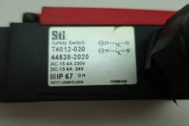 STI T4012-020 SAFETY SWITCH 24V-DC