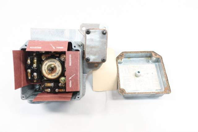 GENERAL ELECTRIC GE CR115E1 ROTARY LIMIT SWITCH 600V-AC