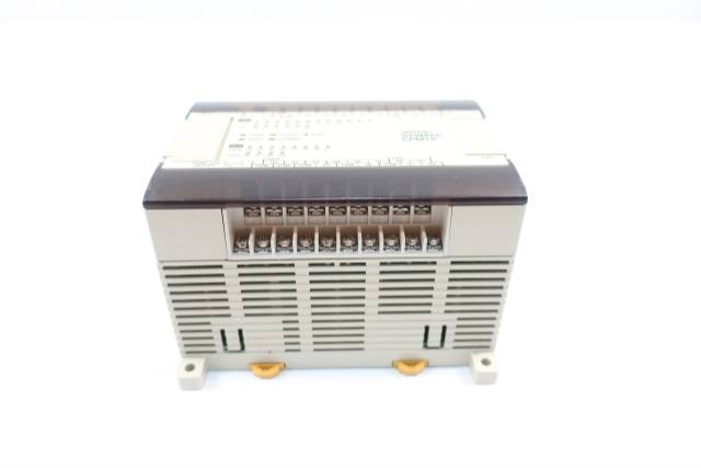 OMRON CPM1A-30CDR-A PROGRAMMABLE CONTROLLER 24V-DC