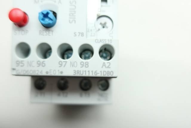 SIEMENS 3RU1116-1DB0 OVERLOAD RELAY 2.2-3.2A AMP