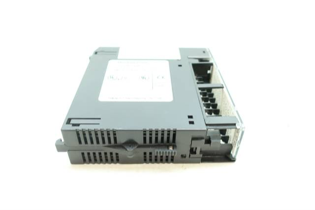 GE FANUC IC693MDL930D 4A 8PT ISOLATED OUTPUT MODULE