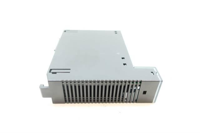 GE FANUC IC693MDL940F OUTPUT MODULE 2A 16PT