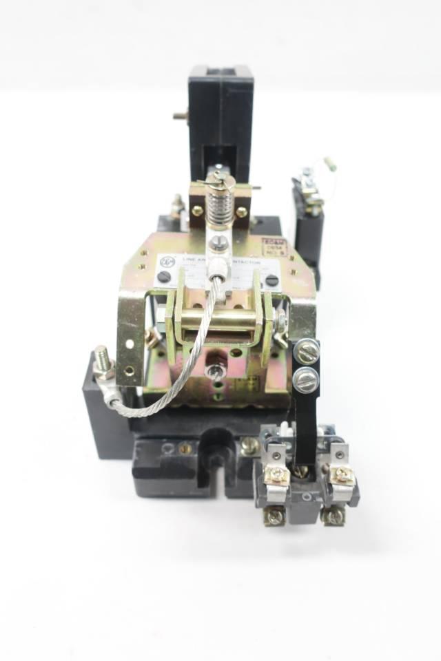 EC&M 7004 MXDO-1 LINE ARC SIZE 2 DC CONTACTOR 115/120V-DC 50A AMP D648468