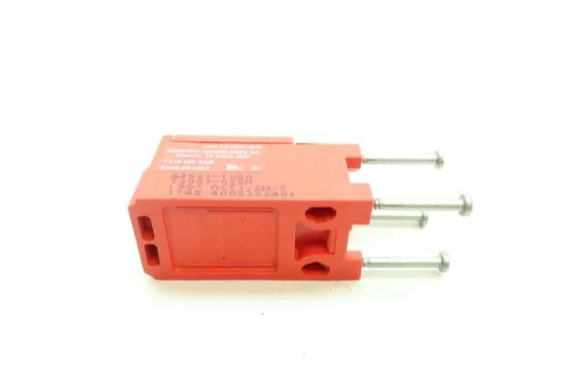 STI T2007-02SM 44521-1060 SAFETY INTERLOCK SWITCH