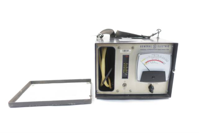 general-electric-ge-421d183g-thermal-conductivity-115v-ac-gas-transmitters-analyzer