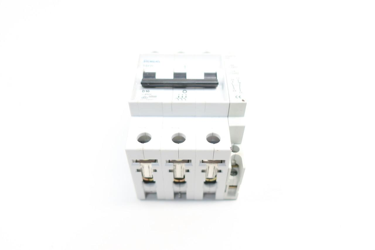 5SX23 D10 SIEMENS CIRCUIT BREAKER 10A 10 AMP 3 POLE 480VAC