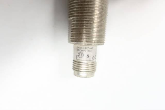 OMRON E2E-X5Y1-M1 INDUCTIVE PROXIMITY SENSOR 24-240V-AC