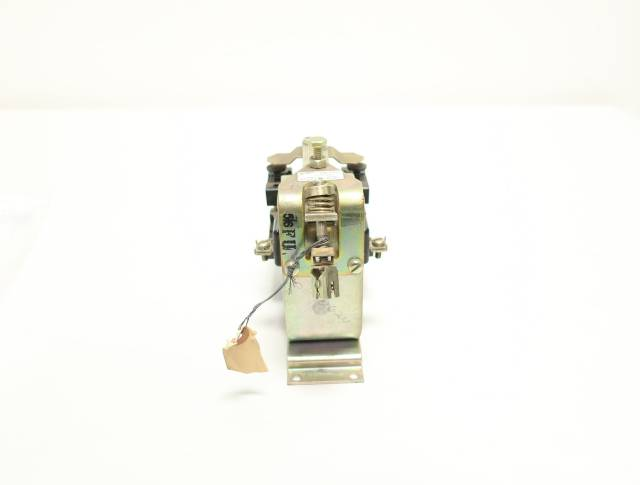 GE IC2820A100BB3J 115-120V-DC 600V-DC 10A AMP DC CONTACTOR R688883