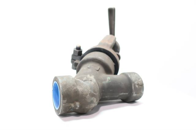 HANCOCK 4002W MANUAL STEEL SOCKET WELD Y-PATTERN VALVE 1-1/2IN 1690