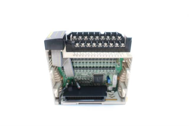 OMRON CQM1-OD214 OUTPUT MODULE 5-24V-DC