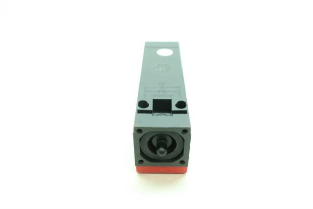 EUCHNER NM02VZA-M SAFETY LIMIT SWITCH